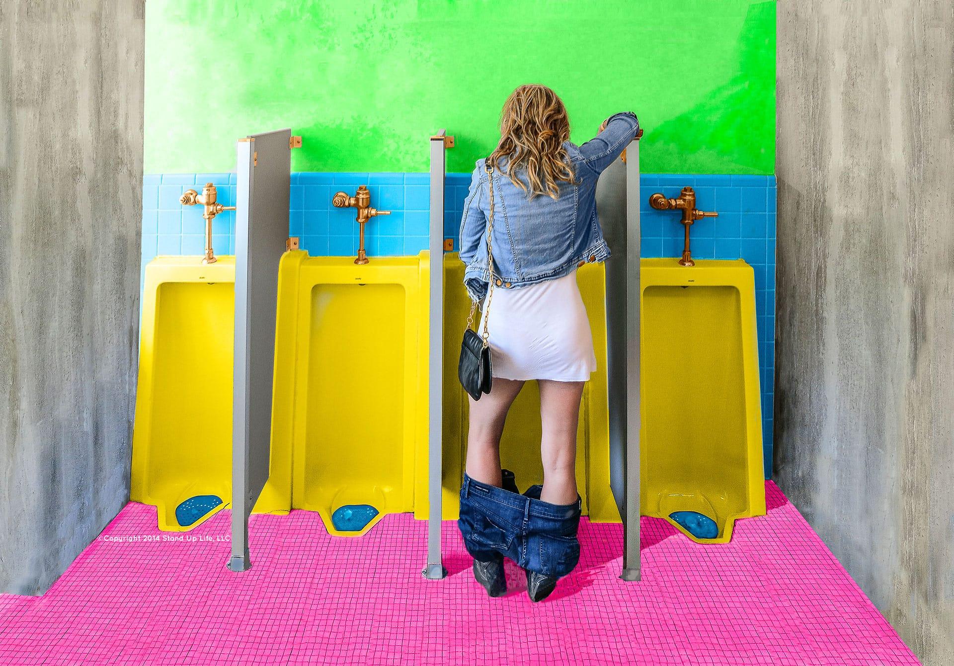 Women going to the bathroom standing up - Women Going To The Bathroom Standing Up 2